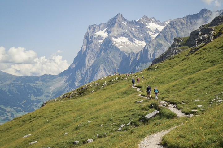 Eiger Trail from Kleine Scheidegg toAlpiglen